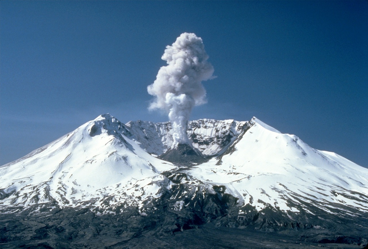 mount-st-helens-164848_1280